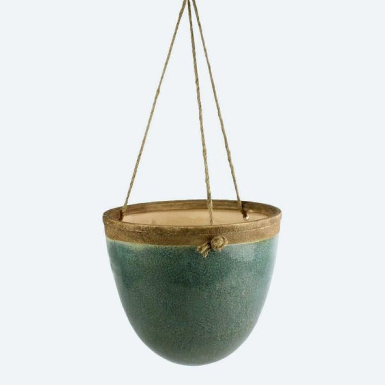 20 Beautiful Hanging Planters That Will Make You Want To Live In A Jungalow Cbc Life