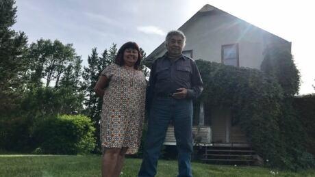 Ernie Callihoo and Maureen Callihoo Ligtvoet