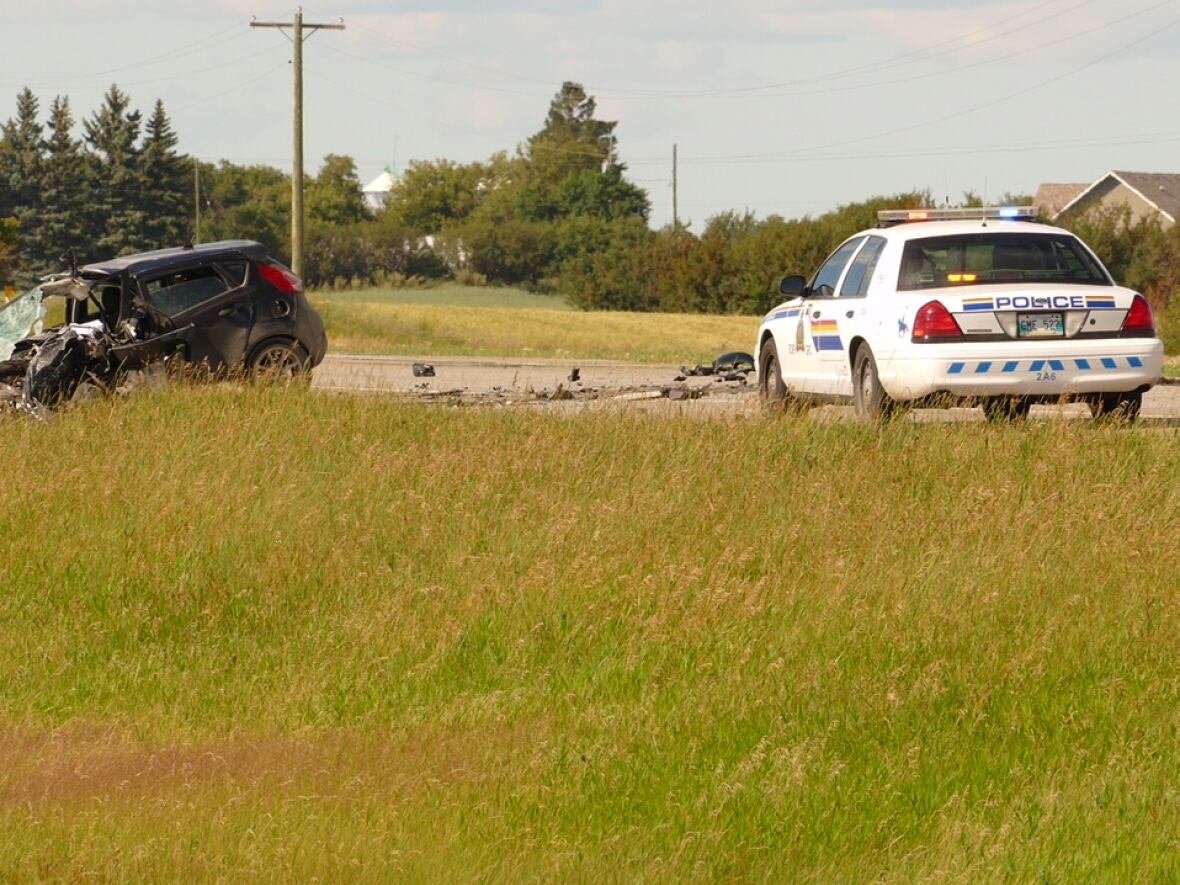 Woman, 19, killed in head-on crash near Brandon, Man  | CBC News