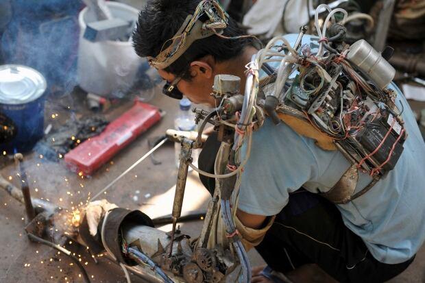 INDONESIA-ROBOT/ robotic arm