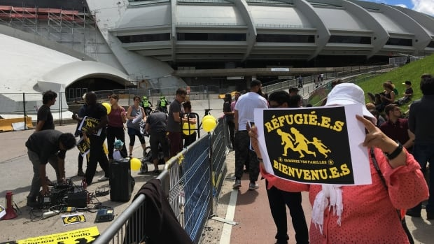 Migrants protest