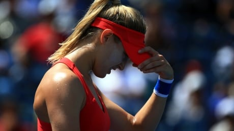 Bouchard says confidence gone after early exit from Rogers Cup thumbnail