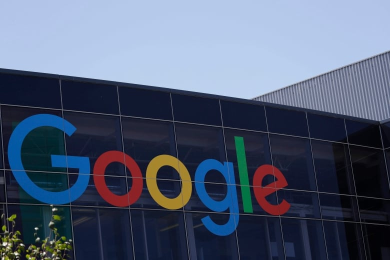 IPhone users' lawsuit against Google thrown out of court