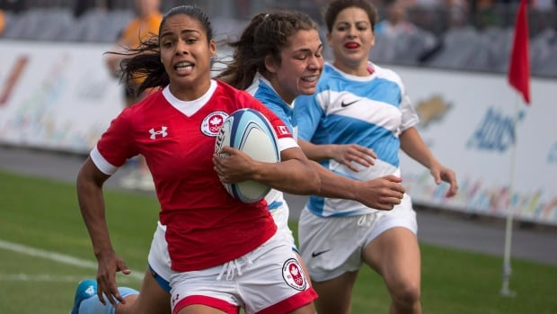 Magali Harvey, left, shown here at the 2015 Pan Am Games, led Canada to a 98-0 rout of Hong Kong in their Women's Rugby World Cup opener.