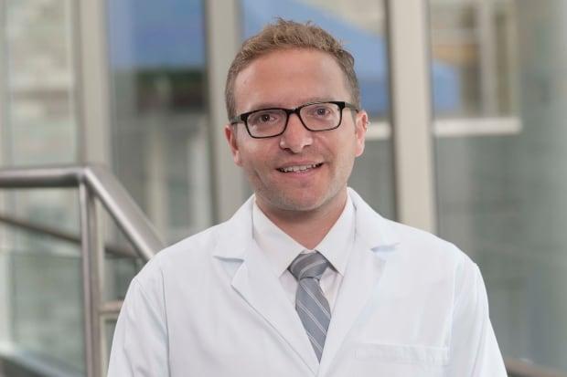 Dr. Elie Isenberg-Grzeda