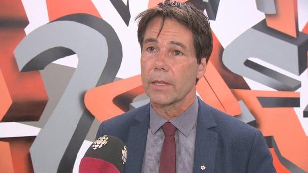 Health Minister Eric Hoskins