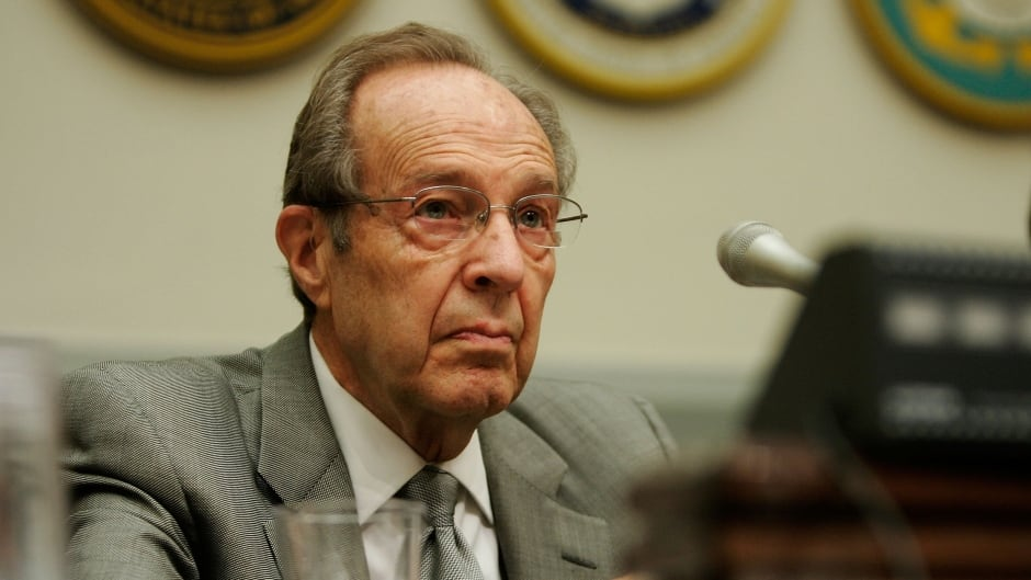 Former U.S. defence secretary William Perry says Trump should pursue a peaceful, diplomatic agreement with North Korea.