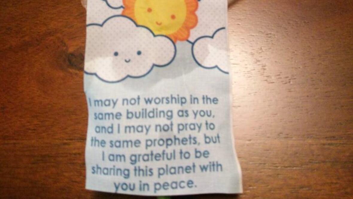 Random act of kindness at London mosque instills hope
