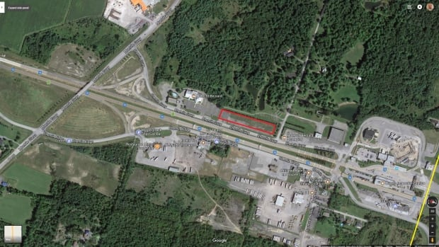 The red square represents the area where the tents are set up. The yellow line represents the Canada-U.S. border.