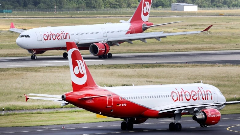 Air Berlin files for bankruptcy after key shareholder pulls