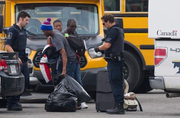 Que Asylum Seekers 20170810