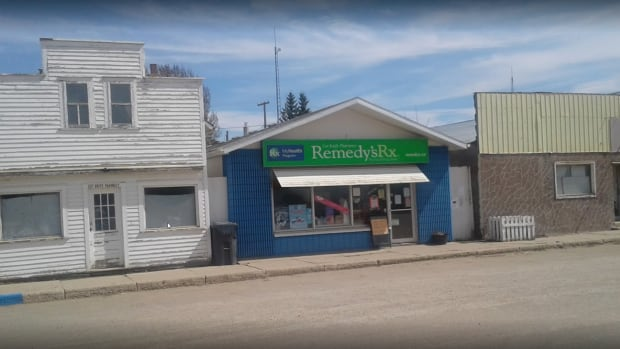 Residents are worried the pharmacy in Cut Knife, Sask. may be closing after it lost a contract with the local long-term care home.