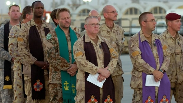 Military chaplains are seen at a repatriation ceremony for a Canadian soldier killed in Afghanistan in 2007. Some military clergy are concerned about questions of confidentiality in cases of sexual misconduct, according to documents obtained by CBC News.