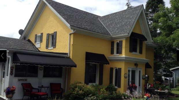 The owners of this Bloomfield, Ont. B&B say they weren't told some of their guests were bringing a service dog until they arrived. Refusing to welcome them has resulted in a series of critical posts online.