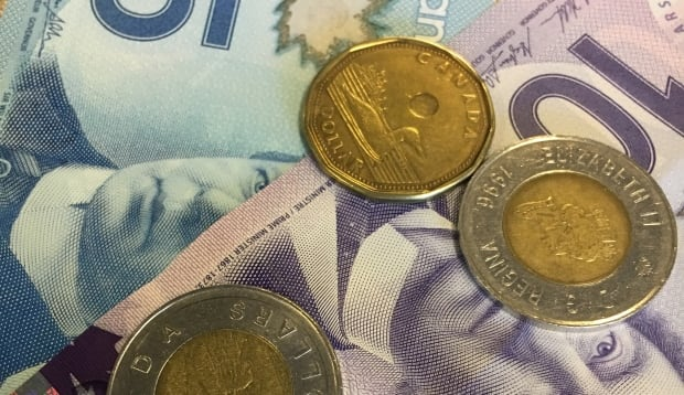 Currency money Canadian dollar inflation economy
