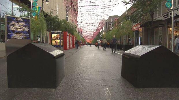 concrete barrier gay village sainte catherine street
