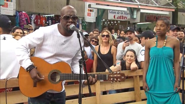 International superstar Wyclef Jean performed in a surprise show celebrating Montreal's 375th in Plaza Saint-Hubert Friday.