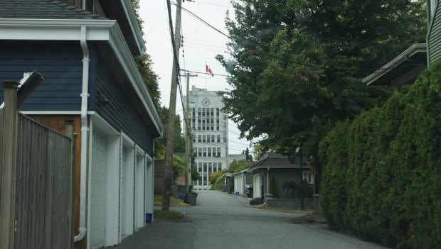 Vancouver city hall down an alley way