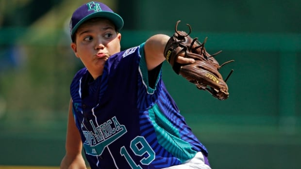 Italy's Francesco Segreto pitches against Mexico in the 2016 Little League World Series.