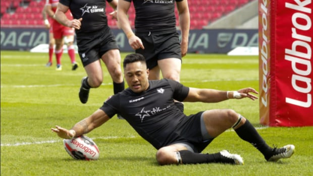 Quentin Laulu-Togaga'e, shown here in an earlier game, scored two tries in a five-minute span in the second half as the Toronto Wolfpack downed the Newcastle Thunder 50-0 on Saturday afternoon.