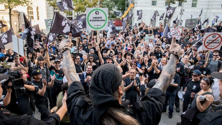 Why hasn't Facebook banned any far-right groups in Quebec?