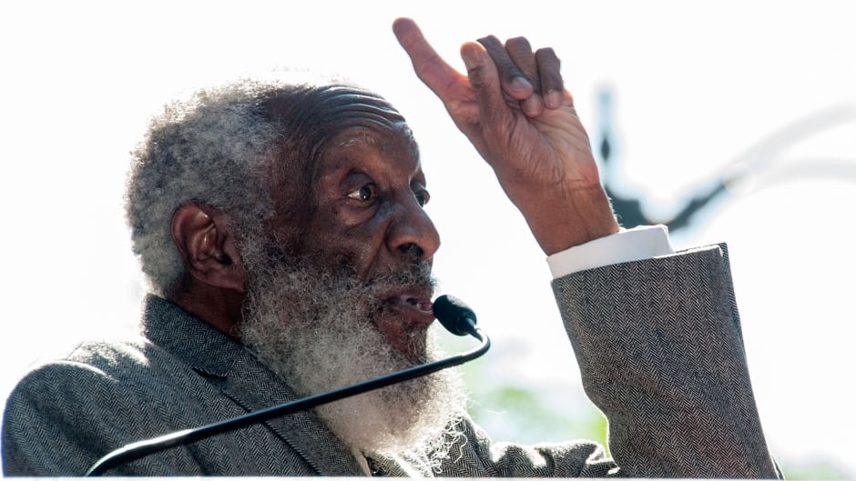 Remembering the comedy and activism of Dick Gregory