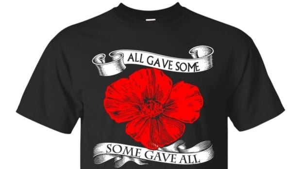 Until its website was taken down, a group called Canada Veterans was selling 'Lest We Forget'-themed shirts that veterans' groups say is profiting off those who've served.