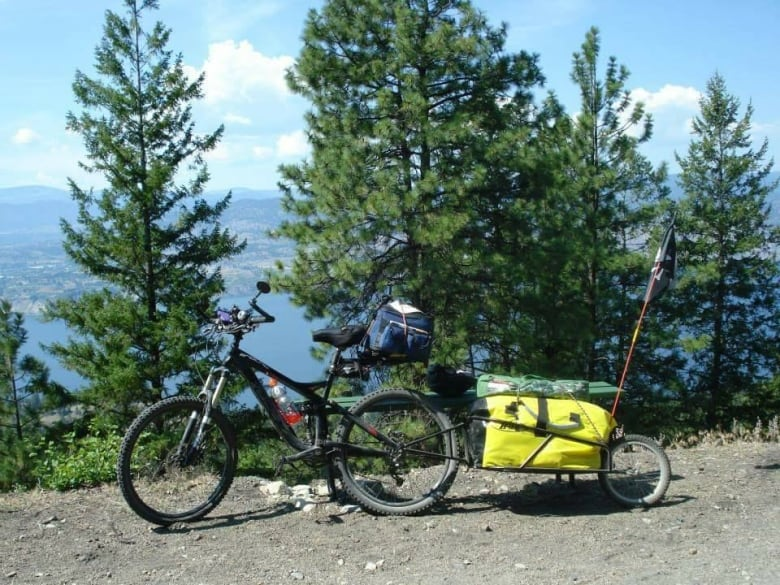 Cross Country Traveller S Expensive Bike Stolen In Winnipeg Cbc News