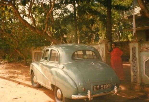 Sri Lankan car
