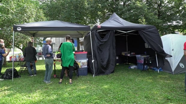 overdose prevention ottawa drug use pop-up injection site august 26 2017
