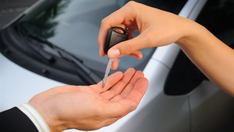 GPS immobilizers, setup fees and other car-lease caveats ...