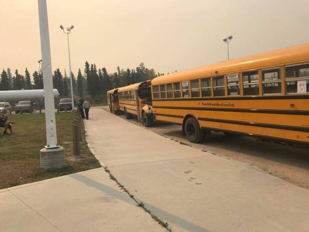 Buses evacuation fire Pelican Narrows