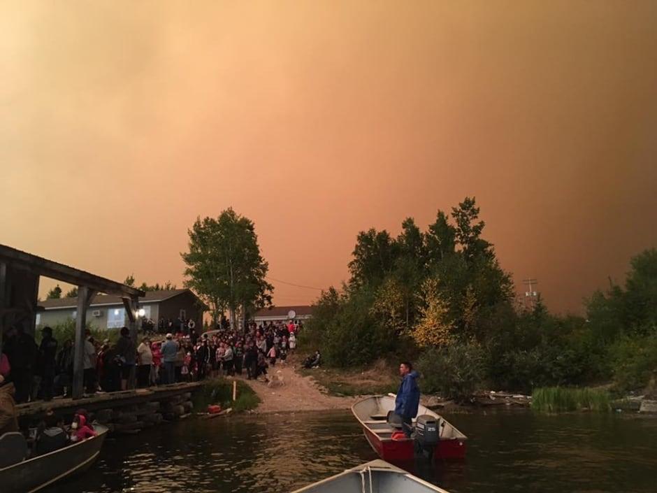 Manitoba wildfire evacuees
