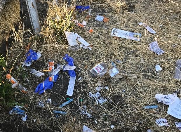 Injection drug litter