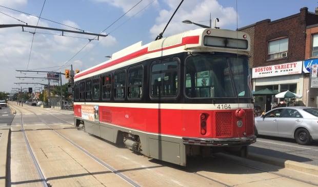 512 st clair streetcar