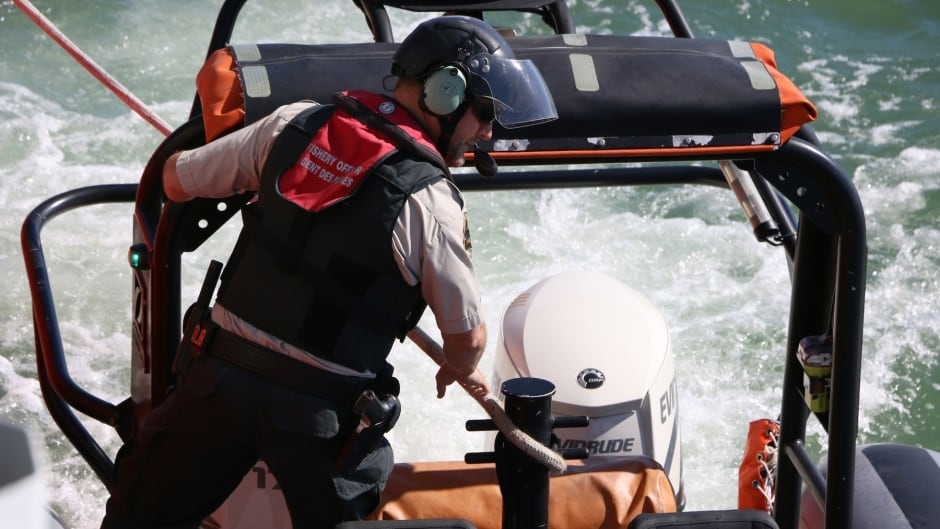 helicopter licence canada with Dfo Officers Step Up Salmon Fishing Enforcement 1 on 3p further Side cert uk also View as well Bd1Rx77zJ k additionally 186402 Union Europeenne Nos Helicopteres Cloues Au Sol.