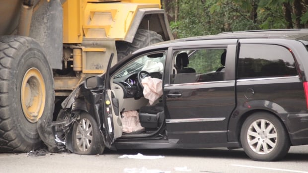 2 confirmed dead in Coquitlam, BC, dump truck crash