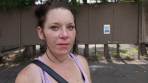 Sarah Gillis addict ottawa
