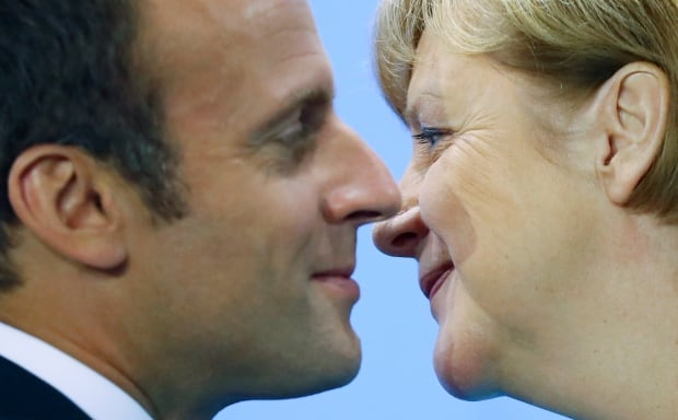 Macron Proposes to Reform EU, Create New Eurozone Parliament