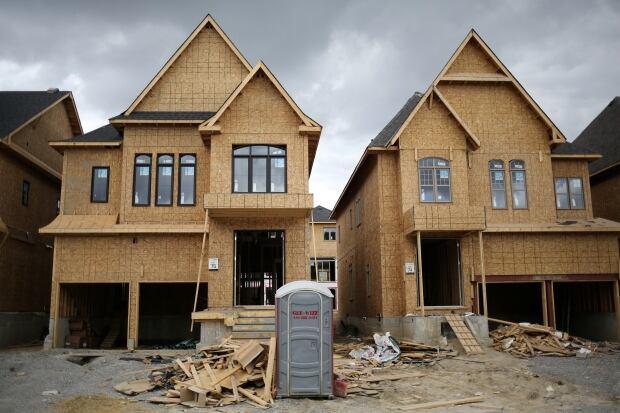 CANADA-HOUSING/ECONOMY
