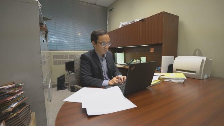 I am devastated': Toronto lawyer out $100K after hiring