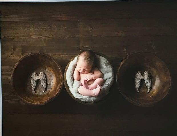perinatal loss photography elisha guest