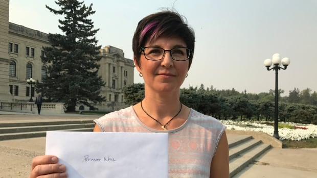 Thera Nordal delivered a letter to Premier Brad Wall on Tuesday. She's the spokesperson for the group of residents calling for a public inquiry into Bill Boyd's involvement with Yancoal.