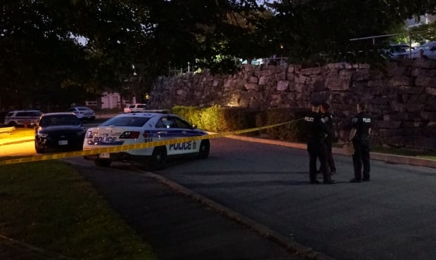 Brittany Drive Ottawa police shooting SIU Sept 12 2017