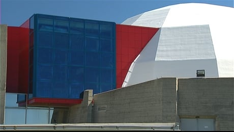 Deal finally signed to turn old Calgary planetarium into contemporary art gallery | CBC