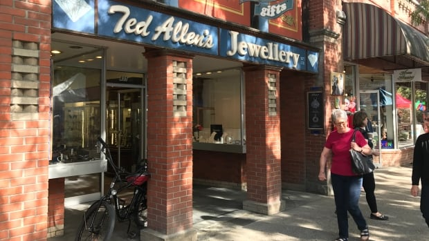 Ted Allen's Jewellery on Baker Street in Nelson, B.C. was hit by a smash-and-grab thief early Monday.