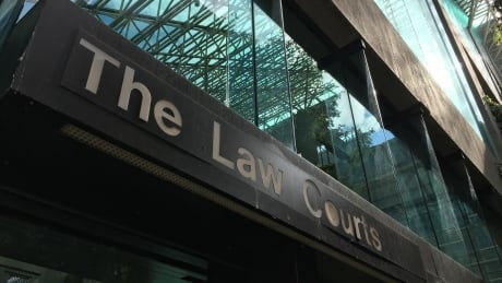 Crown pursues mandatory minimum sentences for 2 men convicted of pimping-related crimes