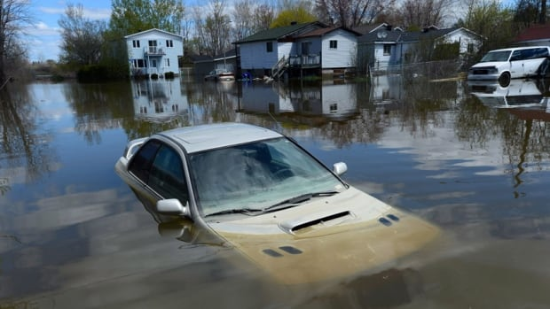 Climate Change Denial - Flooding Quebec