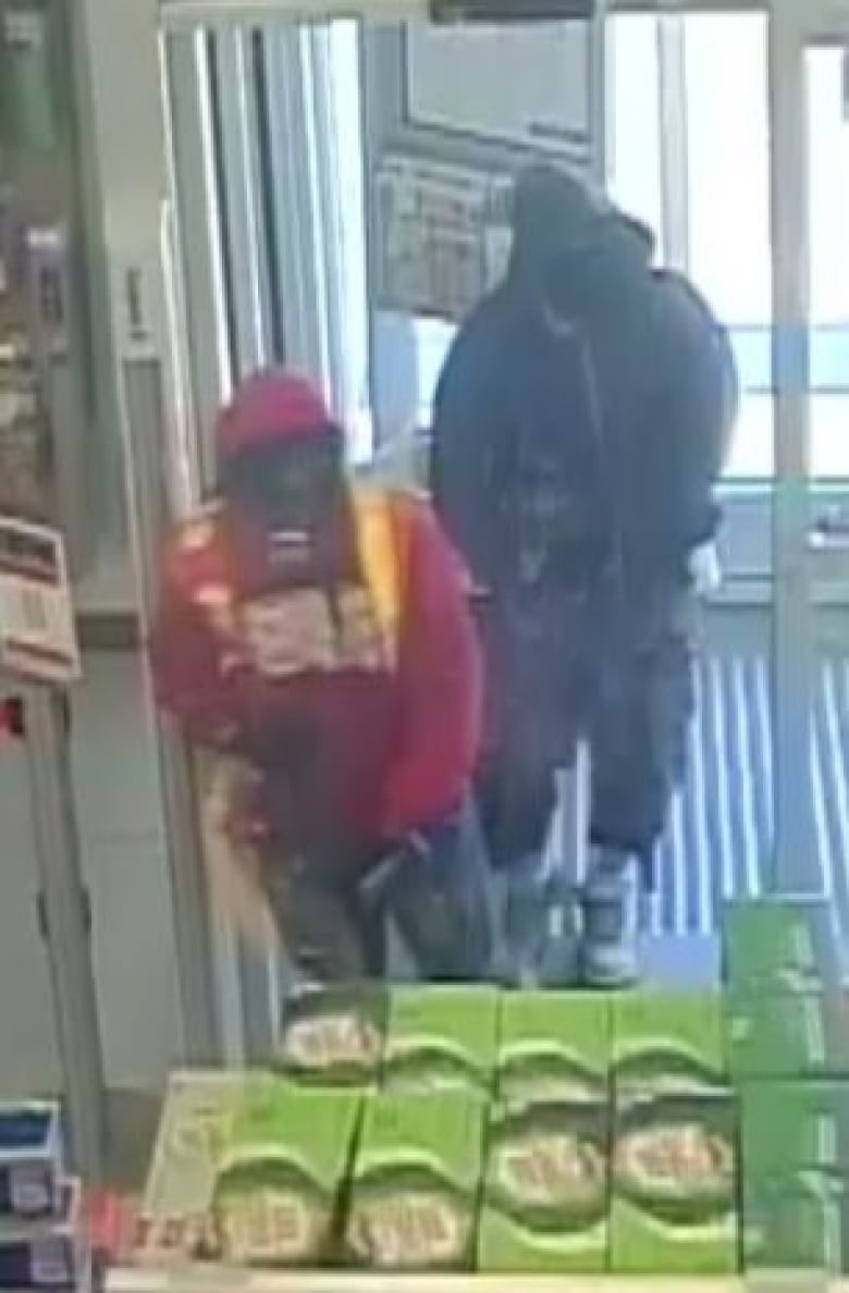 Bear spray allegedly used in Windsor drug store robbery   CBC News