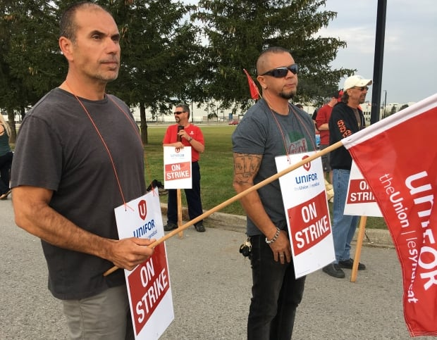 Canadian GM strike spills over as layoffs hit other parts plants